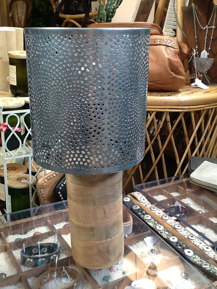 Wooden/Wire Mesh Lamp