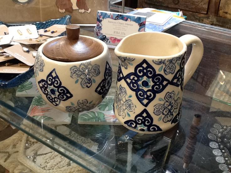 Blue Pattern Sugar/Creamer set