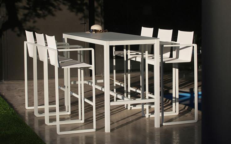 Taboela Outdoor Bar Table by Royal Botan