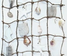 BEACH WALL DECOR 'NET OF SEA LIFE