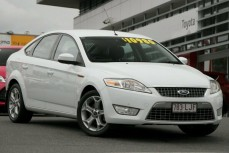 2008 Ford Mondeo Zetec Hatchback (White)
