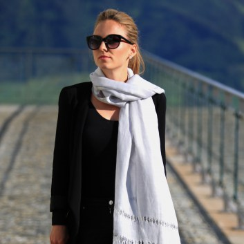 Scarves for Women : New Online Collectio