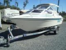 WHITTLEY IMPALA 5.3MT HALF CABIN 2000