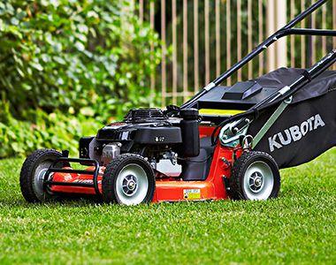 Kubota W821SC