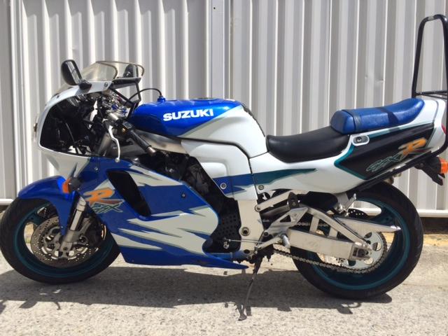 1995 SUZUKI GSX-R750W