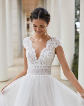 Now get your dream wedding dress with us in Melbourne