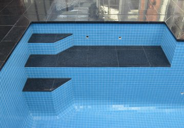 Get Best Quality Pool Tiles in Melbourne