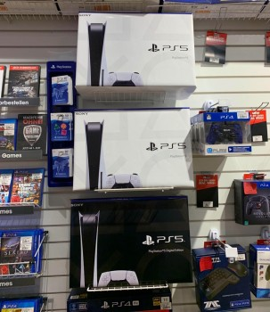 PS5 Disc Version Brandnew- Unopened