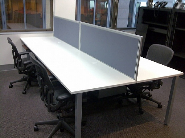 DESK HUNG SCREEN SYSTEMS