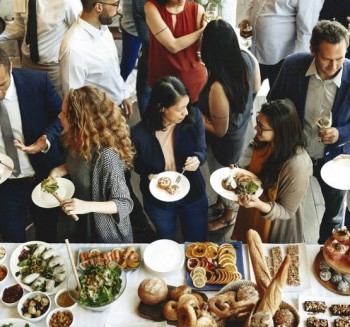 Impress Your Boss by Opting for a Healthy Corporate Catering for Your Next Office Event