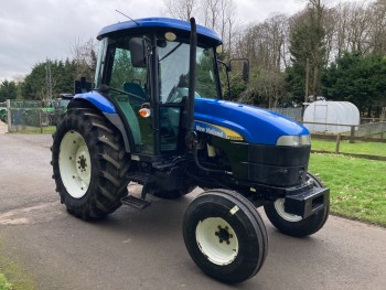 2009 New Holland TD5050 2WD Tractor