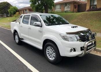 2013 Toyota Hilux SR5 - FAST SALE