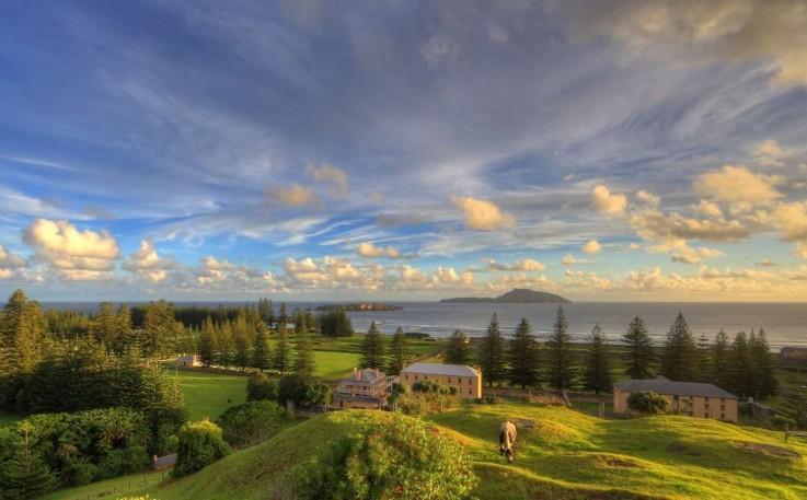 Norfolk Island P ...