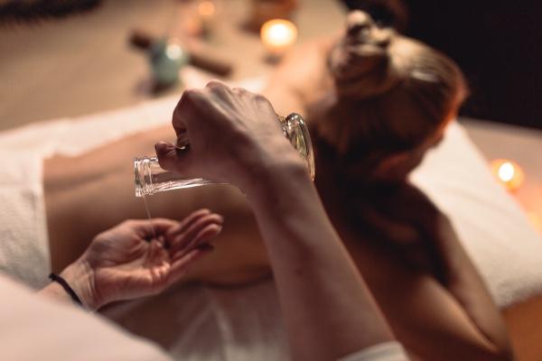 Full Body Massag ...