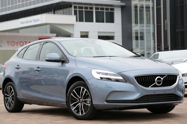 2018 Volvo V40 T3 Adap Geartronic Moment