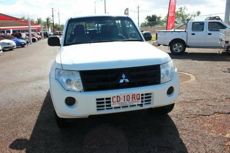 2012 Mitsubishi Pajero Gl Wagon