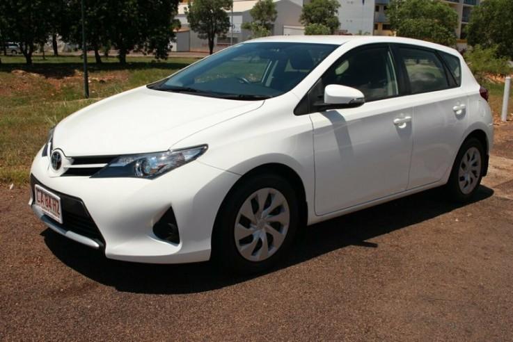 Toyota Corolla Ascent S-cvt 2013