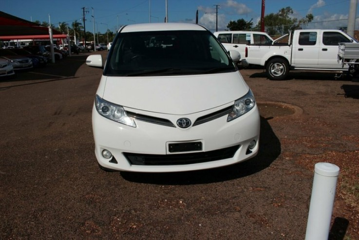 2013 Toyota Tarago Gli Wagon