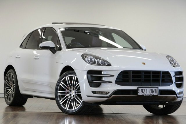 2014 Porsche Macan Turbo PDK AWD Wagon