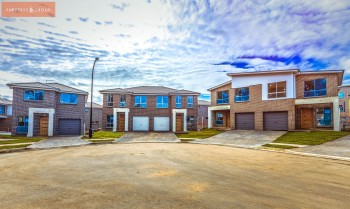 Townhouse for sale in Quakers Hill