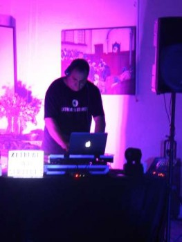 Have a Memorable Wedding with Extreme DJ