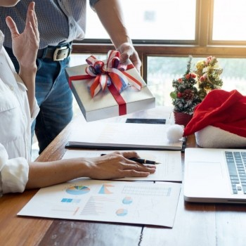 Work From Home Gift Ideas for Employees
