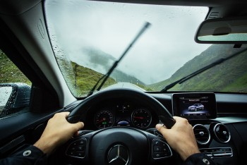 Rules of Defensive Driving That chauffeured cars Melbourne follow
