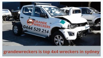 grande wreckers is Leading 4x4 wreckers