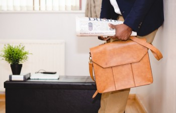 Office Bags in Bulk can Be Bought Online