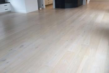 Sanding And Polishing Floorboards | 0411