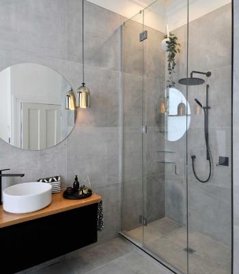 Small Bathroom R ...