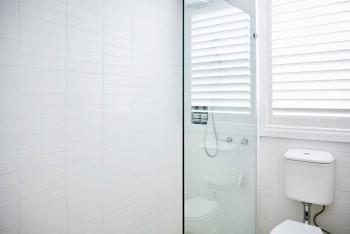 Buy Framed Shower Screens in Melbourne –