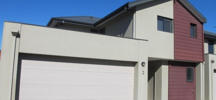 FAB TOWNHOUSE IN PRIME LOCATION