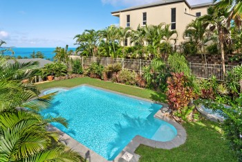 Luxury Accommodation Hamilton Island