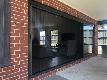 Get Retractable Flyscreens-Geelong