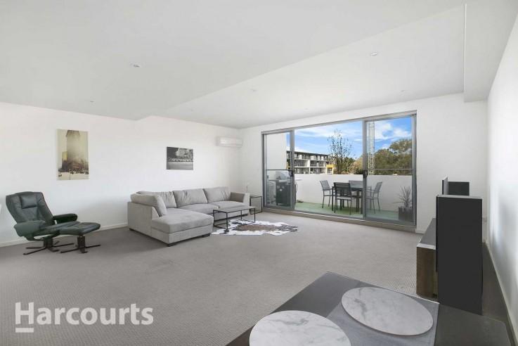 Huge 175m2 Apartment - 2 bedrooms