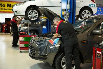Car Repair Centre for Air Conditioning