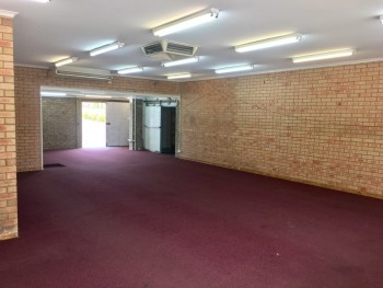 Prime Retail Shop Available in Bluff Poi