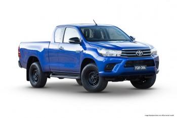 2016 Toyota Hilux SR Manual 4x4 Double C