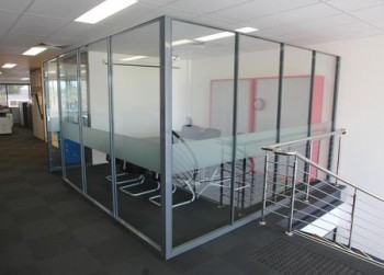 Synergy Fully Glazed Screens and Full He