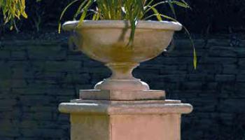 Urns & Planters