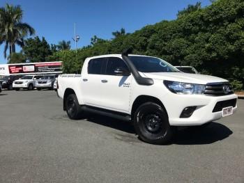 2016 Toyota Hilux Sr Utility (White)