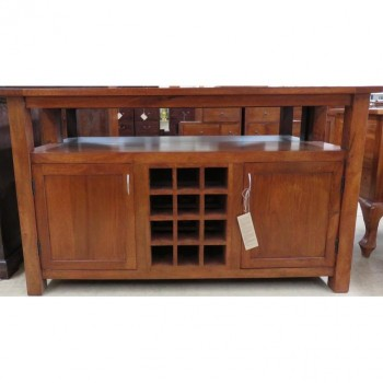 Platinum Buffet with wine rack