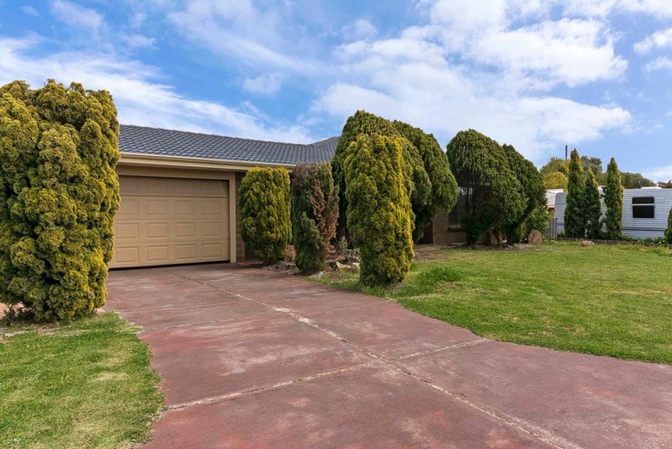 5 Telstar Place, HEATHRIDGE