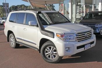 2014 Toyota Landcruiser Sahara Wagon
