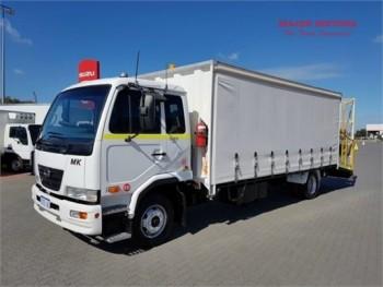 2009 UD other Car Transporter