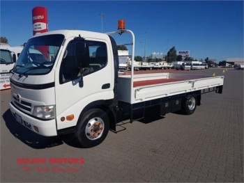 2010 Hino 300 Series 816 Table / Tray To
