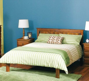 Country Queen Bed