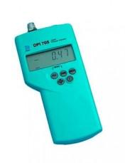 Druck DPI 705 Model Digital Pressure Met