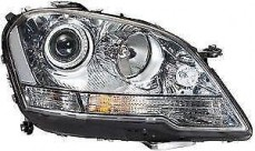 MERCEDES ML RIGHT HEADLAMP W164 09/08-02